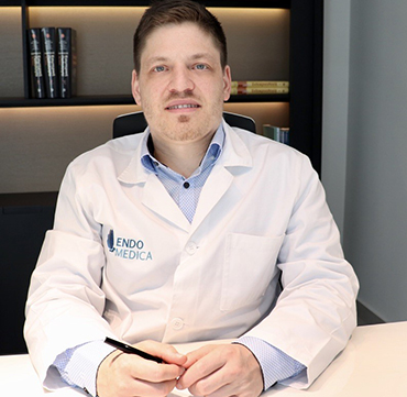 Endokrinologe Florian Schlereth bei Endomedica